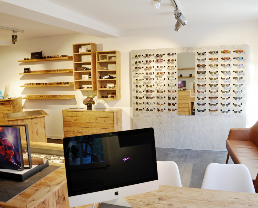 Ladenbau Optiker Bayreuth Andre Hagen_Foto1